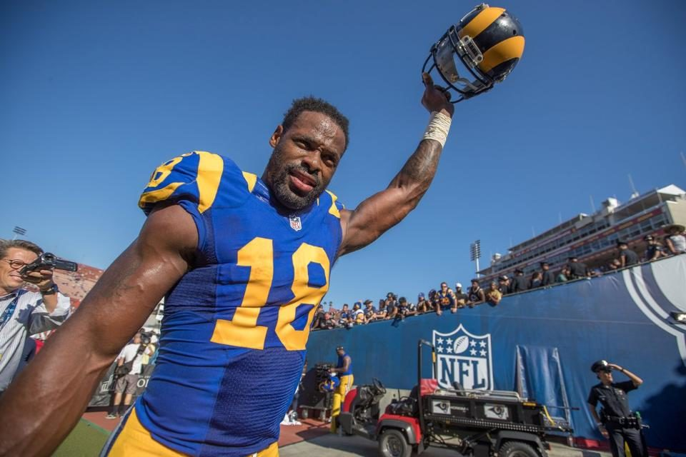Baby steps: Rams offense shows some signs of life